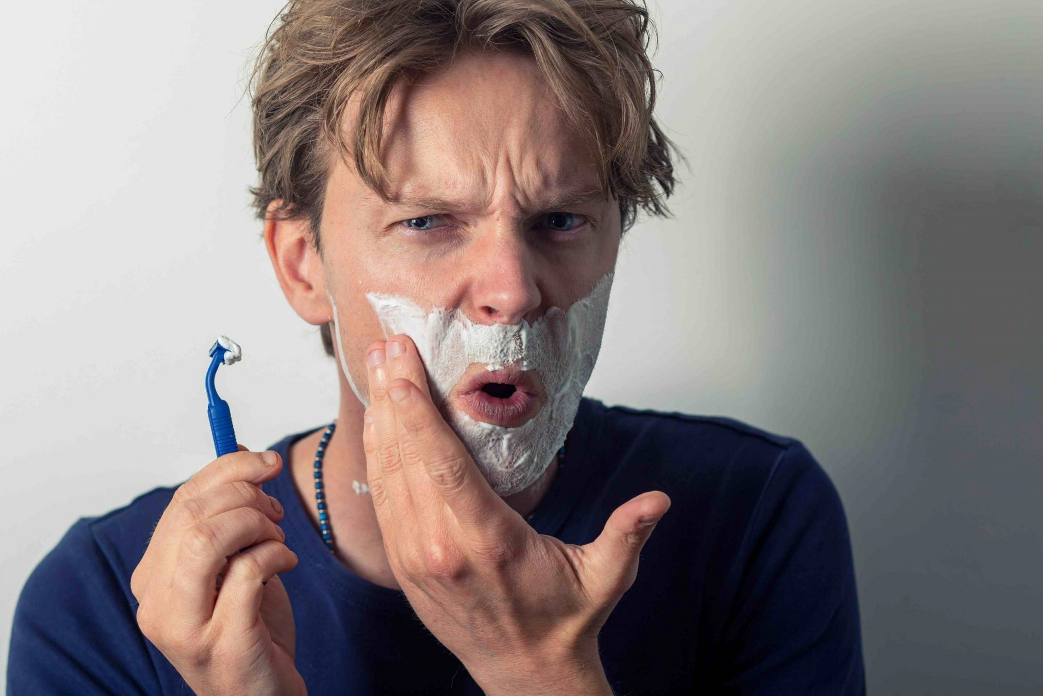 reuse a disposable razor